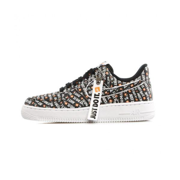 scarpa-bassa-air-force-1-07-lv8-jdi-black-black-white-total-orange